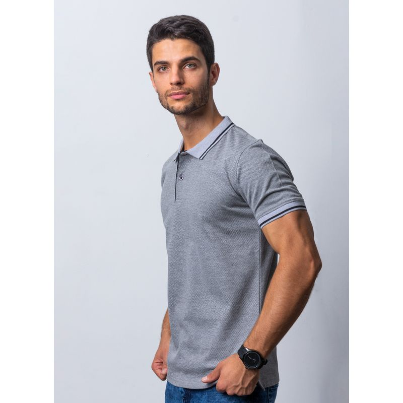 Playera-Casual-Color-Gris-Marca-Vermonti.-Composicion-