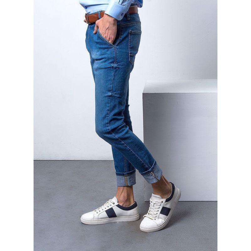 Jeans-Casual-Color-Azul-Marca-Aldo-Conti-Lexus.-Composicion-